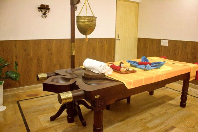 Veda5 Wellness Ayurveda & Yoga Center and Retreat in Rishikesh India - Ayurveda Packages, Yoga Classes, Deluxe Hotel & Mountain Views